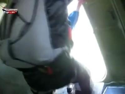 Парашютист забоялся прыгать