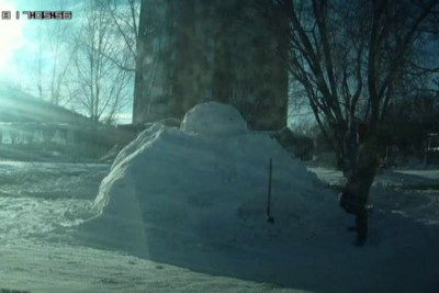 BB-8 made of snow