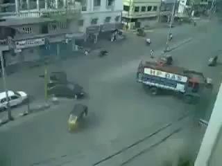 Типичный Индийский перекресток! =)