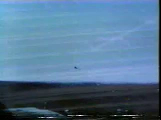 Airplane crash landings on US Aircraft Carrie