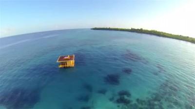 Подводный отель-комната