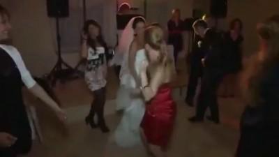 А что-то мы давно не танцевали, господа!