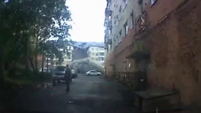 Момент обрушения дома в Междуреченске попал на видео