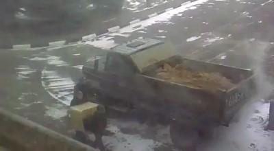 Русская Армия - в ВЧ Привезли песок
