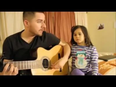 Папа и дочка поют дуэтом