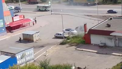Авто загорелось у Магистрали 1