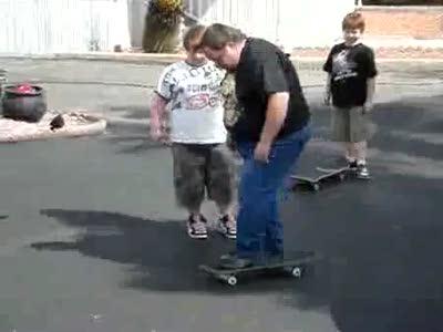 Папа на скейте