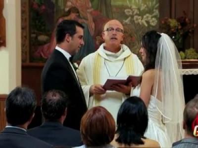 У кого кольца - того и невеста (Bride Falls In Love With Stranger)