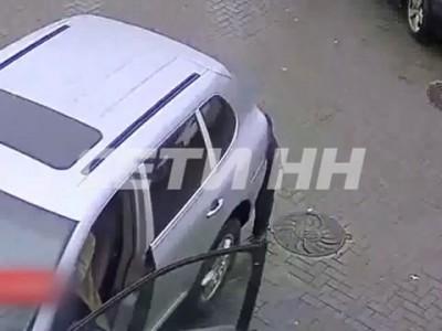 Водитель Porsche Cayenne переехал трех пешеходов