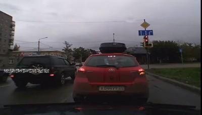 Беспредел на дороге Красноярска 29 09 2013