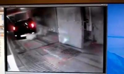 ТП выезжает с подземной парковки