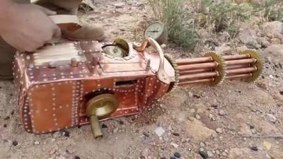 Самодельный шестиствольный пулемет гатлинга - Gatling gun