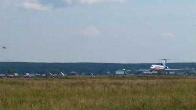 Проход на предельно малой высоте Ту-154 и Ил-86#4