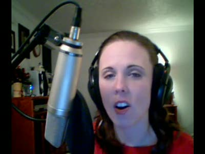 Laura sings the Diva Dancefrom the Fifth Element