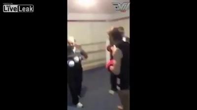 Дед зажёг на ринге