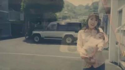 Невероятно трогательная реклама от Тойота: взгляд на жизнь отца и дочери.