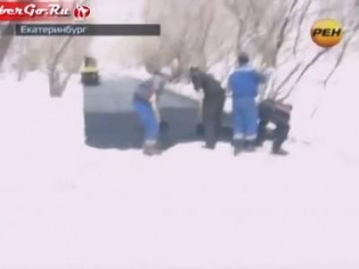 Чиновничье разгильдяйство - асфальт прямо в снег