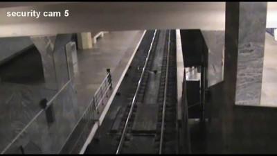 Метро Полежаевская поезд призрак,в москве засняли поезд призрак реальное видео по новостям показывал