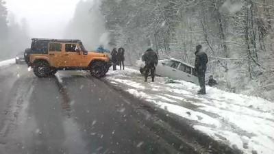 Трасса Уфа-Белорецк . Помощь в горах, в снегопад