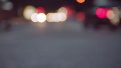 Светофор просит пешеходов не торопиться, а потанцевать с ним!