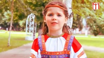 Сравните Славянское воспитание и либеральное воспитание.