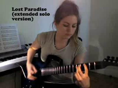 Девушка и гитара - разве это не прекрасно?