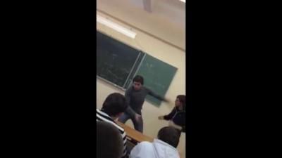 Студент с пистолетом против отличника