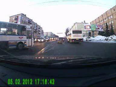 Дтп на Удмуртской, Приора и Автобус, после столкновения