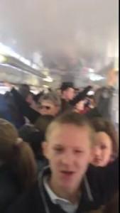 Люди поют в трамвае №1 Ростов на Дону! апрель 2015!