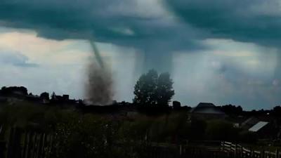Опасный Смерч заснят на камеру/ tornado in Russia