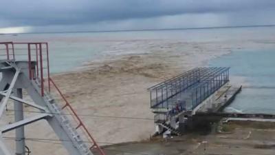 Потоп Сочи 2015 смывает машины