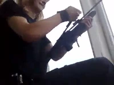 Дебил стреляет по прохожим из пневматики