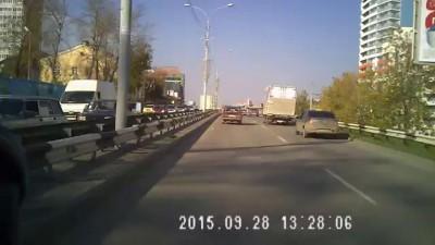 ДТП Клен-BMW 760 28.09.15 Екатеринбург