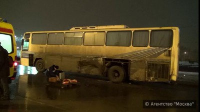 Пешеход умер от взрыва колеса на автобусе