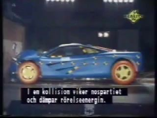 mclaren f1 crash test