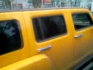 В Воронеже Хаммер за несколько минут разбил три авто..