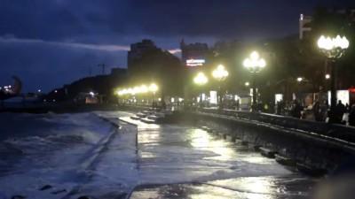 Ялтинский шторм и идиоты