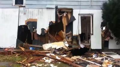 Американский ОМОН (СВАТ) разрушил дом в процессе ареста преступника