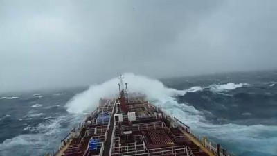 MV Stolt Strength -storm