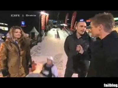Сноубордист сбил репортера