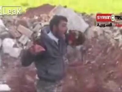 Сирийский каннибал, обед - сердце противника