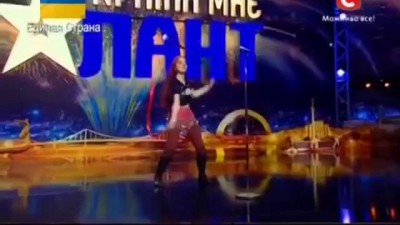 Ярославна Колес - Интернет-певица на сцене