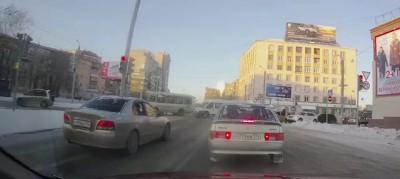 Уазик прокладывает путь (Челябинск)