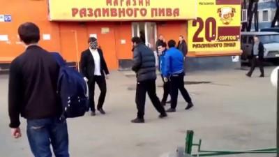 Русский против 3 кавказцев