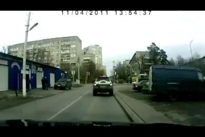 Осторожно Дебил на дороге
