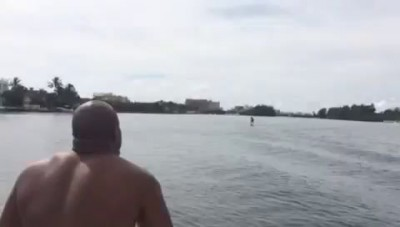 Briggs taunts Wlad at sea, creates wake that knocks champ into the water