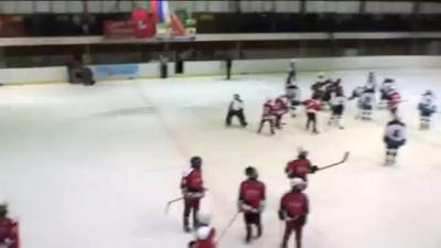 Драка детский хоккей