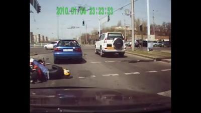 Эпилепсия байкера на дороге