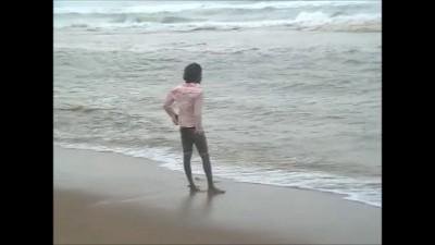 утро на пляже Пури