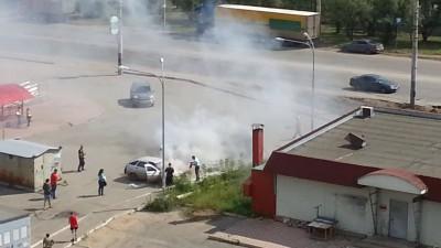 Авто загорелось у Магистрали 2